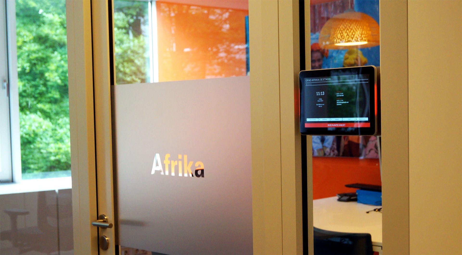 "iiyama ProLite T2735MSC-B2 touch screen-monitor 68,6 cm (27"") 1920 x 1080 Pixels Multi-touch - Case studie Unicef"