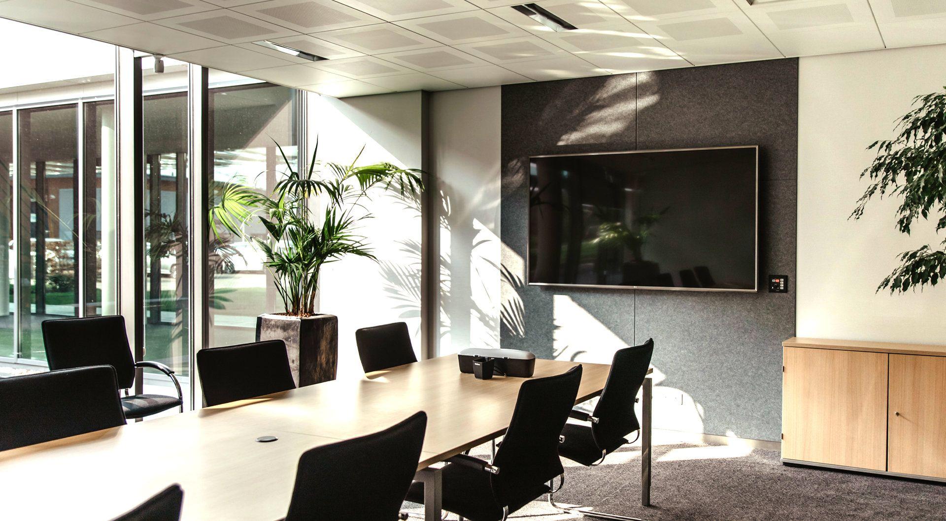 Chief Offset Ceiling Plate flat panel plafond steun Zwart - Case studie de vries